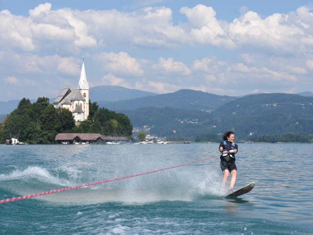 Monoskifahren auf dem Wörthersee
