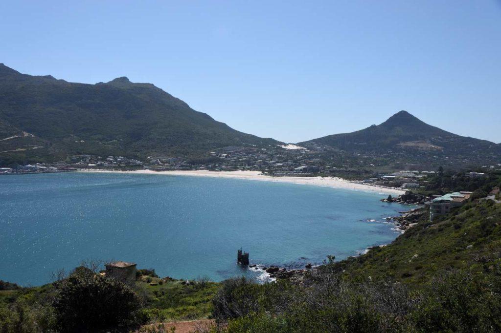 Strand und Bucht von Hout Bay